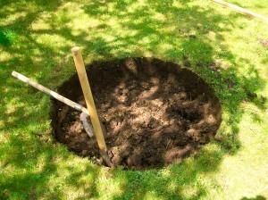 Копка ямы под кольцо